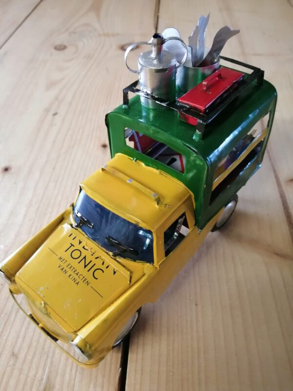 Handmade-model-Bush-taxi-