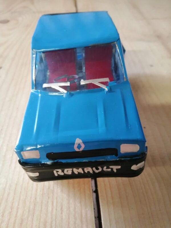 Handmade-model-Renault 5