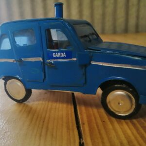 handmade-model-garda-car-90